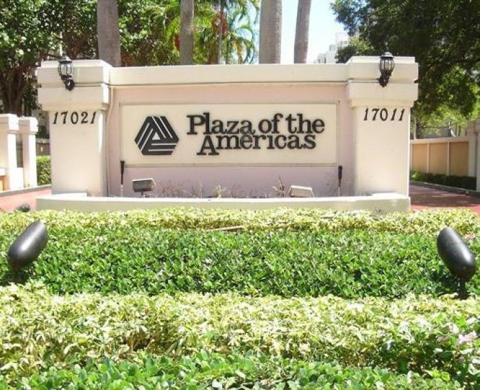 Plaza Americas 3