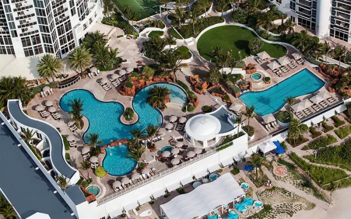 Trump International Beach Resort For And In Sunny Isles Florida